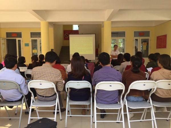 """Phối hợp tổ chức tập huấn """"Dự phòng lây truyền HIV, Viêm gan B và Giang mai từ mẹ sang con"""" tại Bắc Quang"""