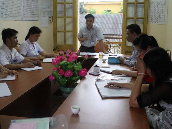 TTYT Bắc Quang kiểm tra việc thực hiện duy trì Bộ tiêu chí Quốc gia về Y tế xã